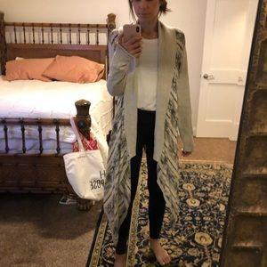 Long sweater/poncho
